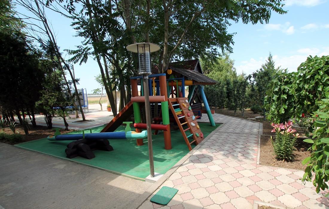 Детская площадка - 01